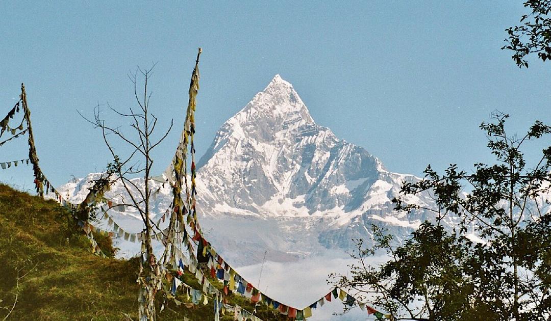 Gouden bergen en een dagtrekking bij Pokhara in Nepal