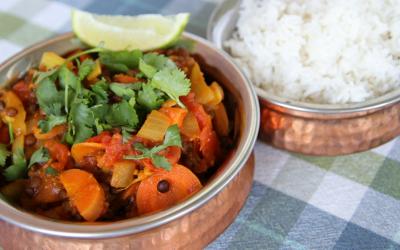 Dal bhat, heerlijke linzencurry met rijst uit Nepal