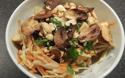 Vietnamese salade, heerlijk bij Vietnamese loempia's