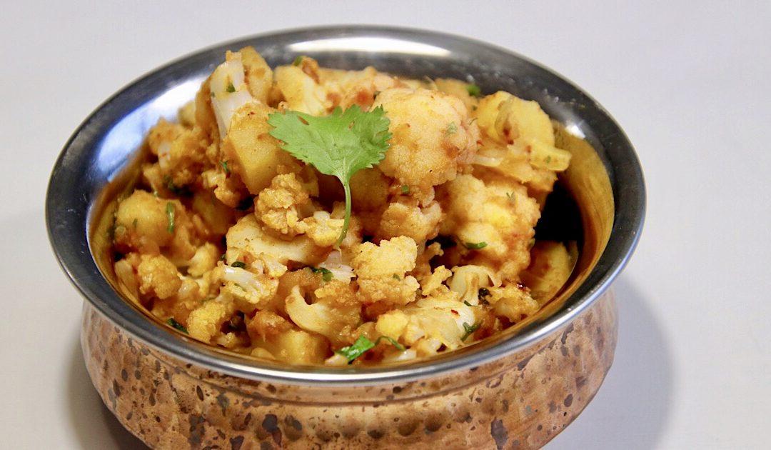 Aloo gobi, Indiaas gerecht met aardappel en bloemkool