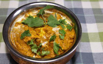 Indiase paneer butter masala, met homemade paneer
