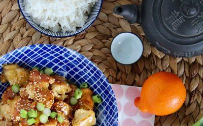 Chinese krokant gebakken kip in sinaasappelsaus